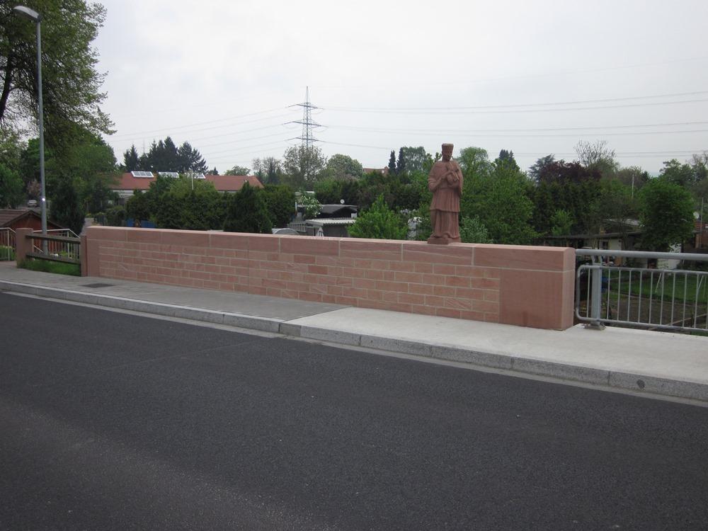 Sie sehen die Bilder zu: Gersprenzbrücke Stockstadt, Natursteininstandsetzung
