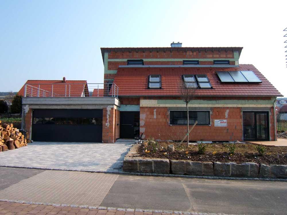 Sie sehen die Bilder zu: Tauberbischofsheim - Wohnhausneubau in Niedrigenergiebauweise